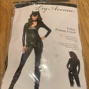 Leg avenue cat feline femme fatale costume dress